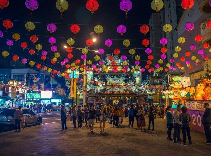 Taipei street lanterns