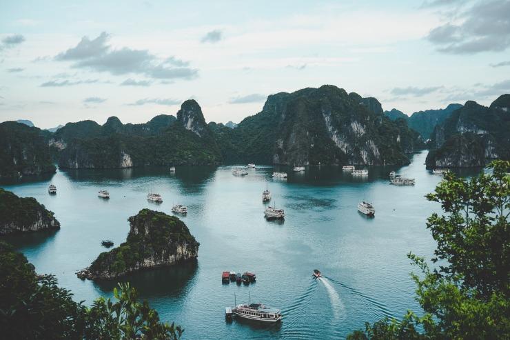 Vietnam Bay Boats